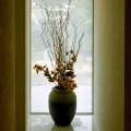 廊下突き当りの花台